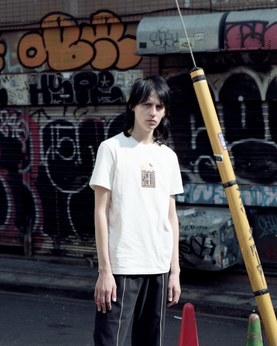 스테레오 바이널즈(STEREO VINYLS) [Hello Kitty] Square Logo S/S T-shirts(White)