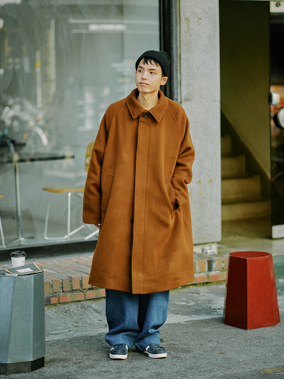 [10/30(금) 예약배송][FW20] Wool Essential Balmacaan Coat(Brown) 스테레오 바이널즈[10/30(금) 예약배송][FW20] Wool Essential Balmacaan Coat(Brown)