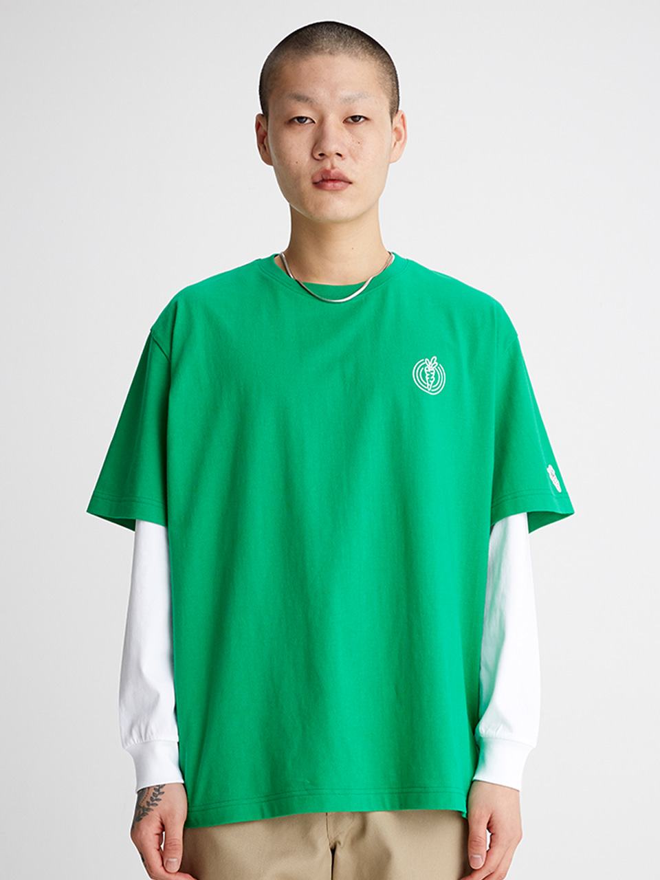[SS20 SV X Carrots] One Point Logo T-shirts(Green) 스테레오 바이널즈[SS20 SV X Carrots] One Point Logo T-shirts(Green)